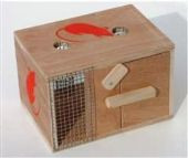 HUMANE WOODEN BOX (CAGE) MOUSE TRAP 19 x 13.5 x 12.5cm